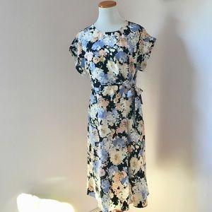 Bobeau Nordstrom Floral Cap sleeve wrap dress